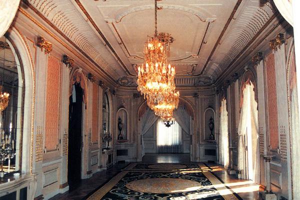 """Vista del Salón Principal o """"Sala Noble"""" antes de las reformas"""